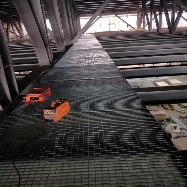 厂家直销 q235喷漆钢格板 园林围墙格栅板 定制格栅板