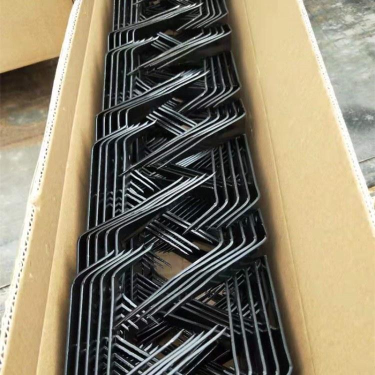 厂家现货供应 三角刺钉 阻爬刺 中号喷塑刺钉