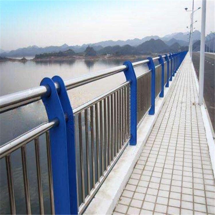 专业生产各种规格不锈钢护栏 道路护栏加工定制