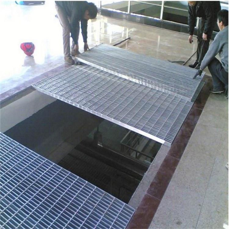 精华厂家定做 齿形防滑钢格板 电厂平台格栅板 镀锌钢格板