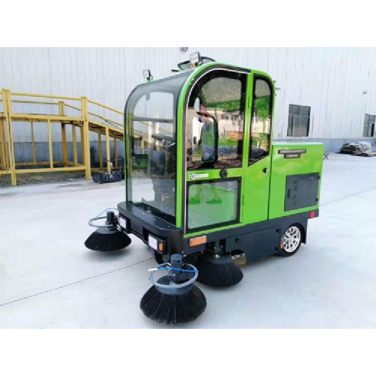 扫地车报价-多功能扫地车热销出售