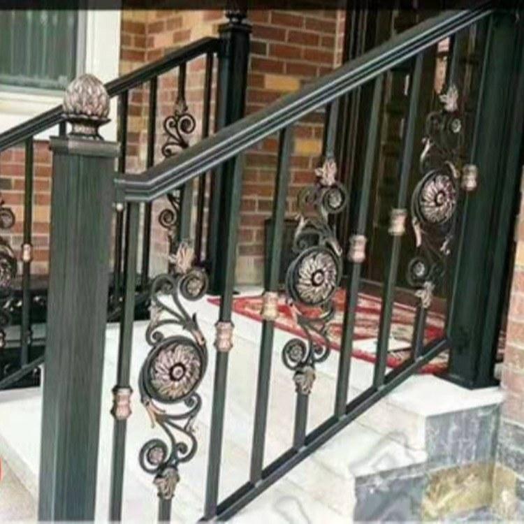 直销豪华阳台铝艺护栏自建房院子围栏简约铝艺护栏楼梯扶手等