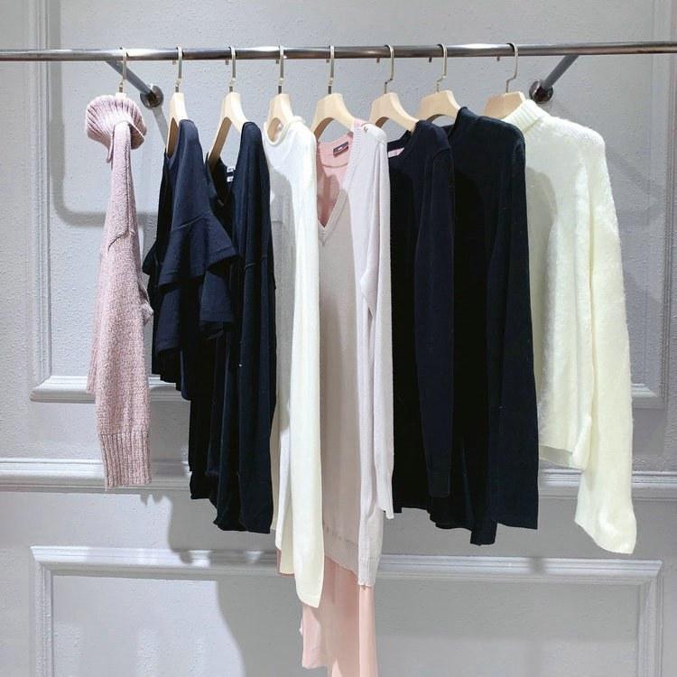 女人屋折扣品牌 卖衣服进货渠道 女性服装货源