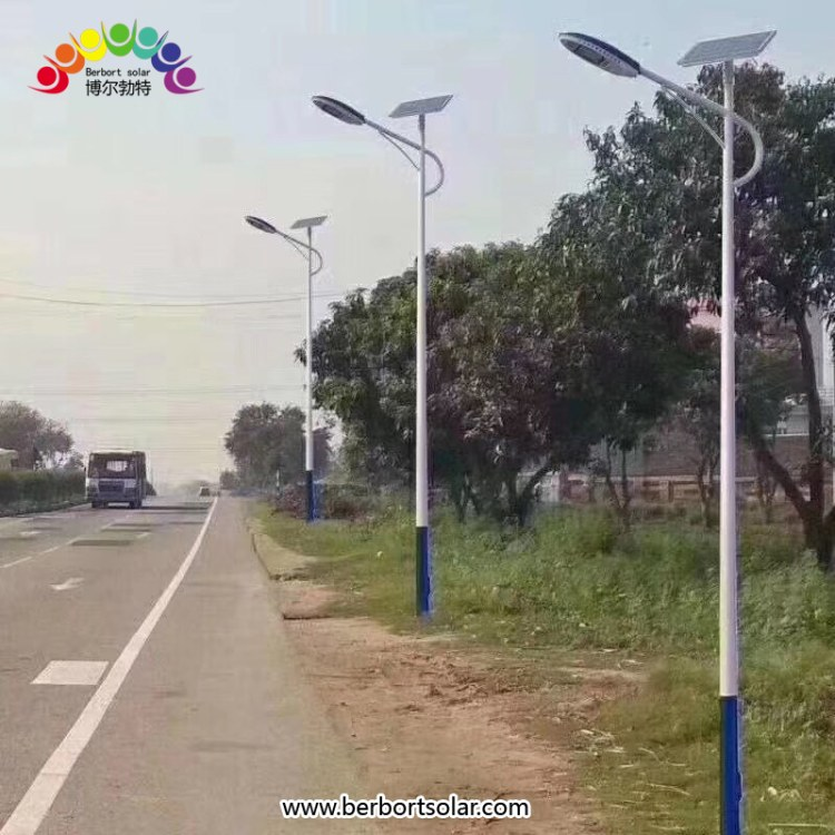 新农村建设太阳能路灯 小区景区厂区专用路灯 河北博尔勃特热镀锌灯杆制造厂家