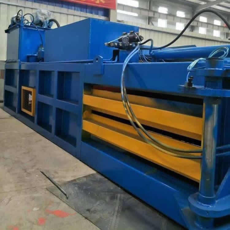 现货供应新型半自动卧式液压大型废纸打包机厂家 圣鸿160吨废纸打包机