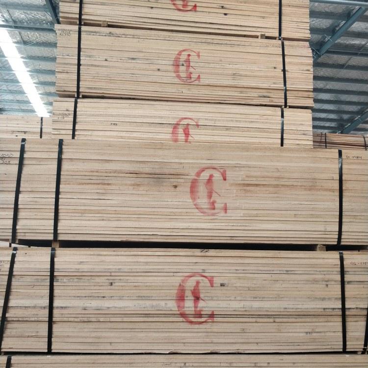 山东厂价红橡实木板材红橡板材实木一手货家具材
