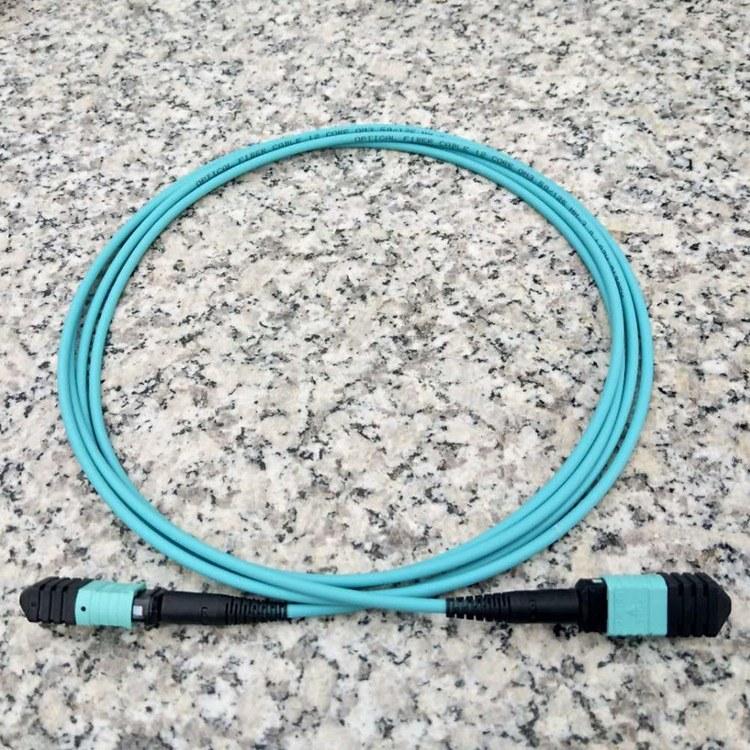 峰浩科技 3米 LSZH 12芯 OM3光纤跳线MPO/MPO 标损母头机房专用万兆跳线 厂家