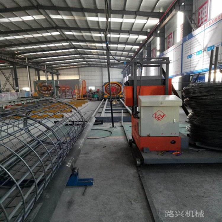 【路兴滚笼机械】  钢筋笼滚焊机  生产建筑钢筋笼设备厂家直销