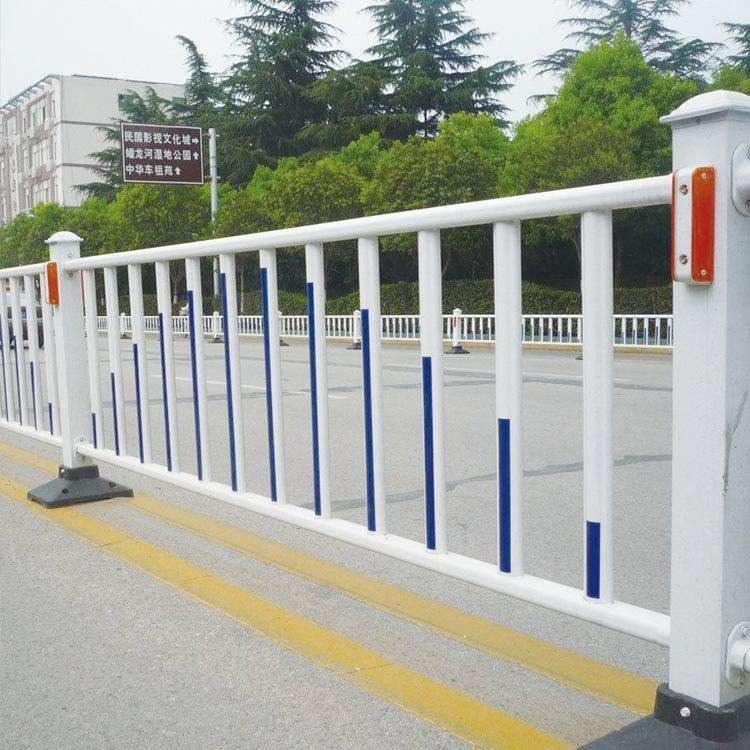 直销市政交通护栏京式护栏道路隔离栏公路中央隔离栏杆