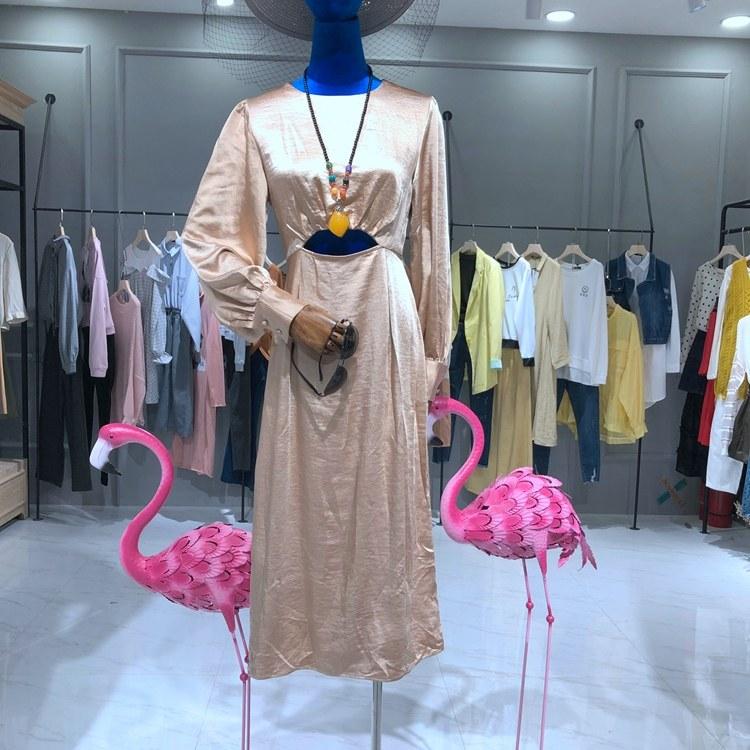 韩版女装品牌批发 衣服批发 新款折扣女装