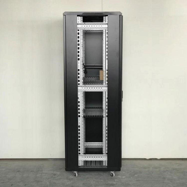 成都服务器机柜厂家 机箱厂家 成都屏蔽机柜 定制 欢迎来电咨询 认准菲尼特