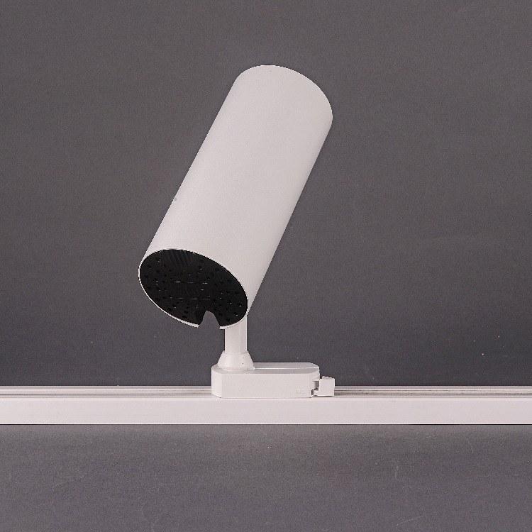 佛山柯迅 厂家直销提供 佛山导轨射灯 轨道LED节能灯 服装店-办公专用COB射灯