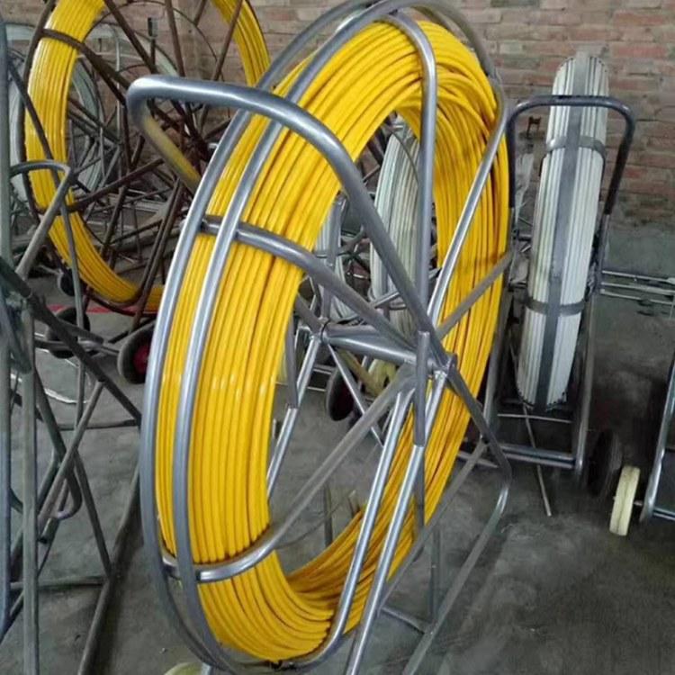 程煤玻璃钢穿线器    玻璃钢穿孔器  墙壁式穿线器牵引器