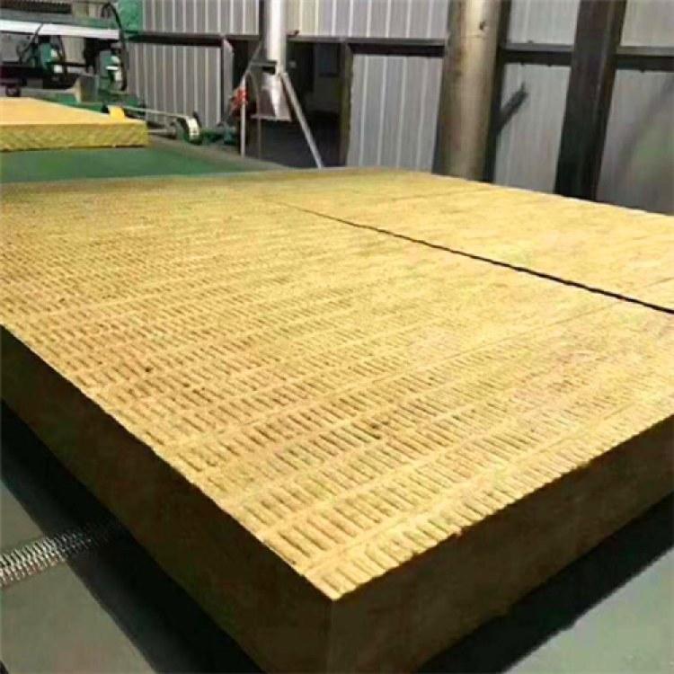 山东青岛保温材料 30厚50厚岩棉复合板 福龙建材厂家直销