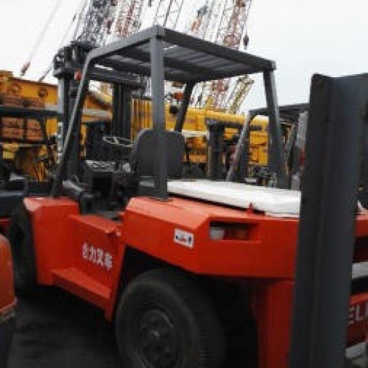 转让杭州3吨叉车7.8成新价格优惠 上海最大的二手叉车市场出售