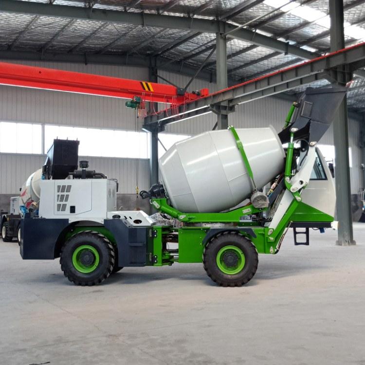 厂家直销2.6混凝土搅拌运输车 自动上料搅拌车 德士通