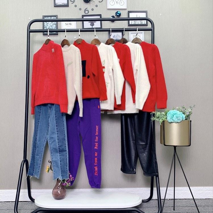 雪莱尔貂绒毛衣大衣广州品牌女装一手折扣货源一线品牌尾货清仓广州知名女装