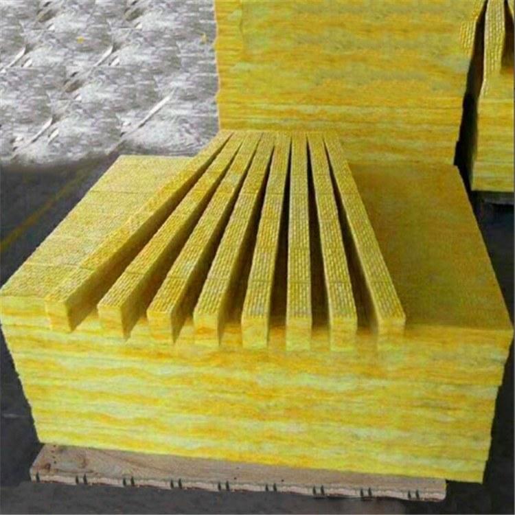 山东玻璃棉批发 A级优质防火阻燃玻璃棉板