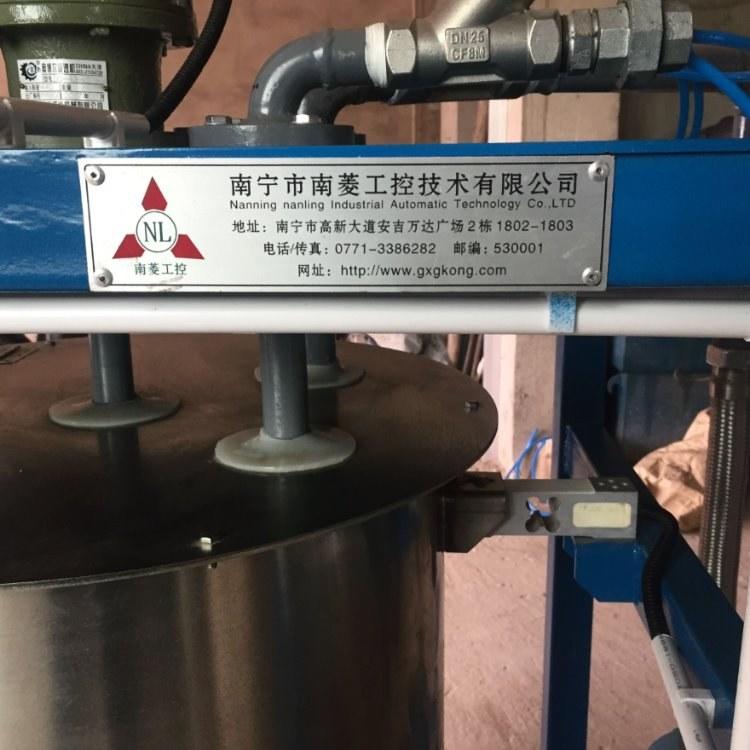糖蜜饲料生产使用无堵塞可加热保温自动添加喷涂的南菱工控品牌糖蜜机