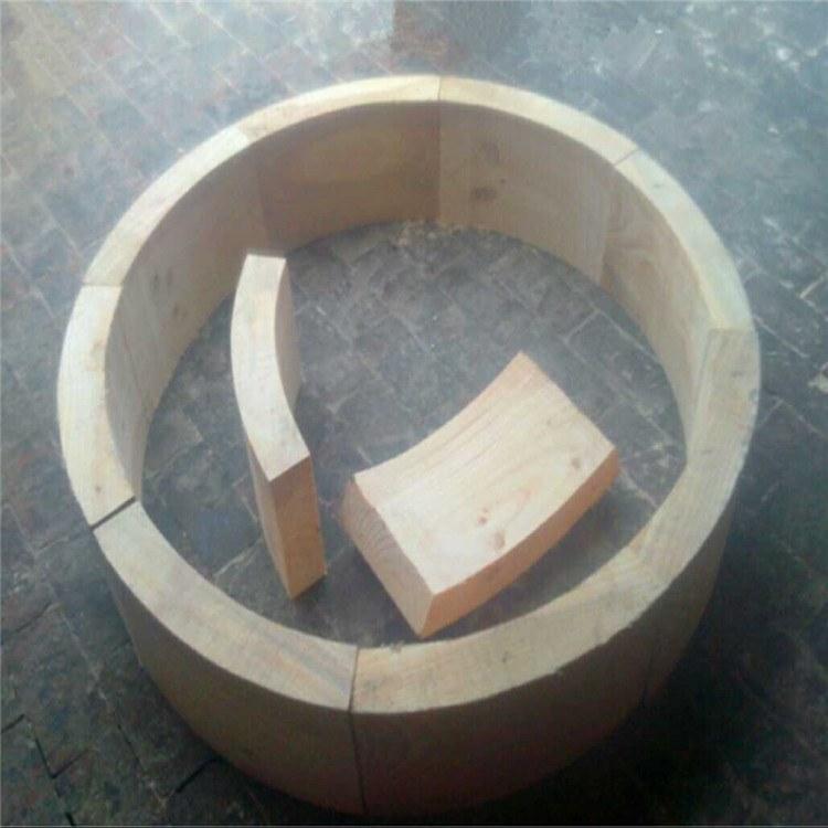 久丰管托定做 打孔垫木 机械垫木 三角垫木 化工管道垫木