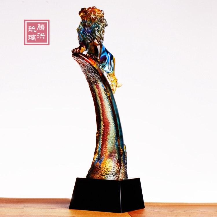 北京琉璃奖杯批发价格 北京奖杯刻字现货 年会奖品款式图片