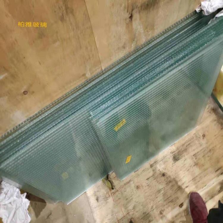 自贡定制透明防火菱形防爆玻璃