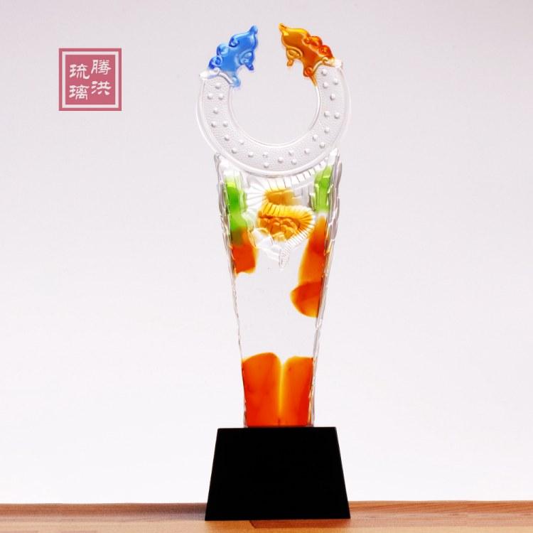 郴州奖杯定做图片 长沙琉璃奖杯刻字定做 郴州年会奖品批发