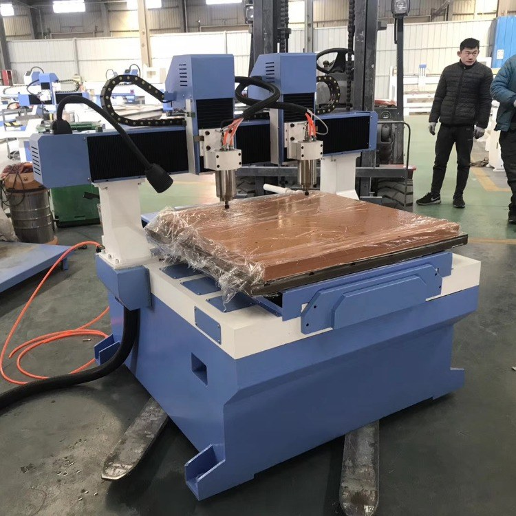 郑州小型金属雕刻机  小型雕刻机厂家  小型雕刻机  厂家直供