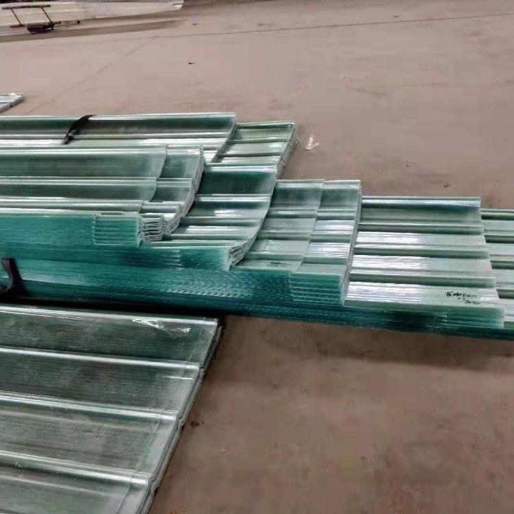供应高透明pc采光瓦 透明采光板 840型波浪瓦生产厂家