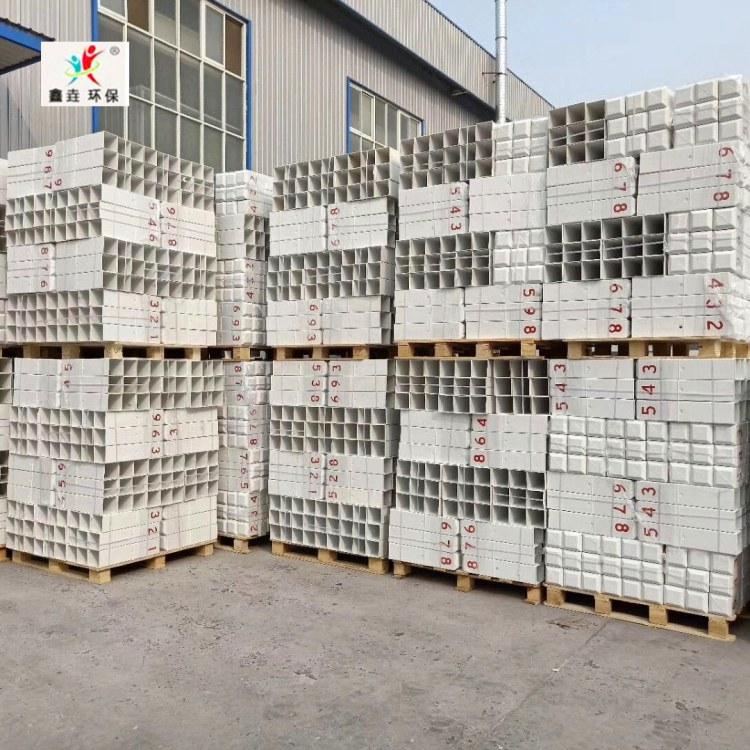 河北鑫垚厂家直销警示桩 玻璃钢地埋标志桩 水泥电缆警示桩支持定制