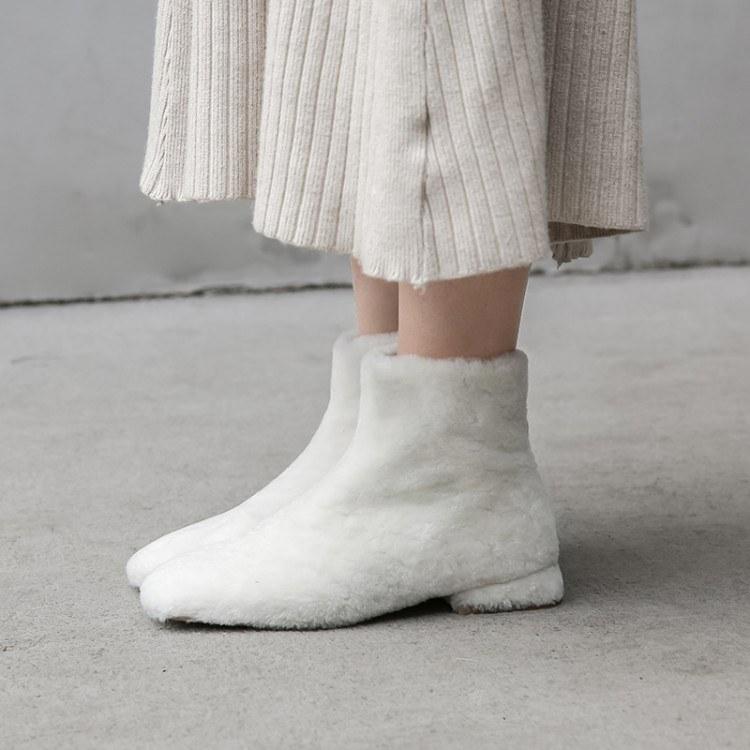 毛毛鞋秋冬外穿短靴 2019新款羊皮毛一体低跟加绒雪地靴 东莞女鞋厂家直销