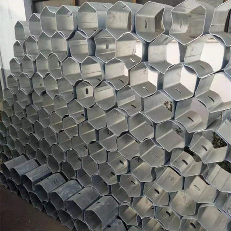 河北永年批发热镀锌防阻块  防撞喷塑防阻块型号