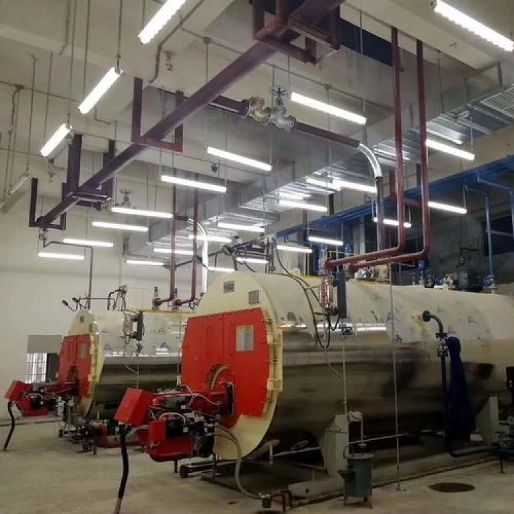 燃油气热水锅炉哪家专业临沂燃旭专业生产2吨燃油燃气热水锅炉