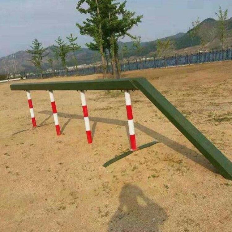 军队400米障碍厂家价格 部队400米障碍场地规格