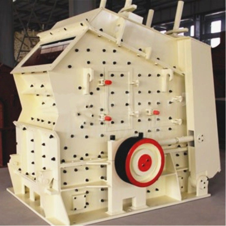 四川砂石成套生产线设备 采德定制移动干式制砂机 500吨二手移动式破碎机