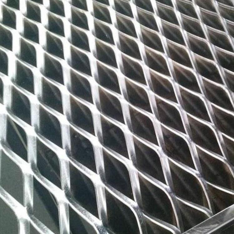 鑫柯建材供应优质钢笆网 钢笆网片 防护网生产厂家 自产自销