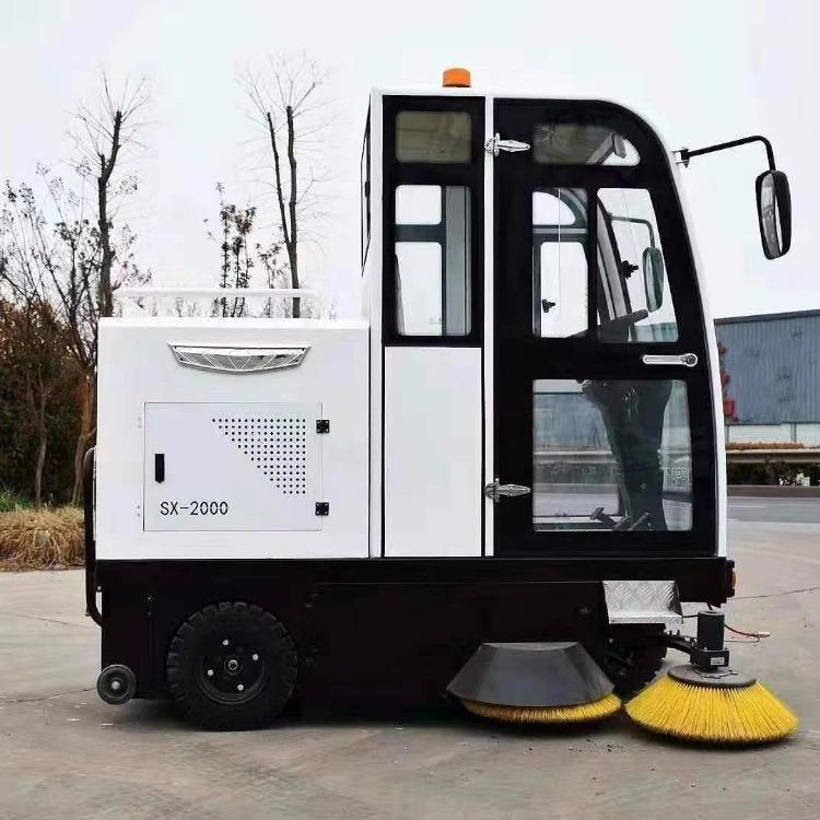 卓越扫地车质量保障 高端配置扫地车