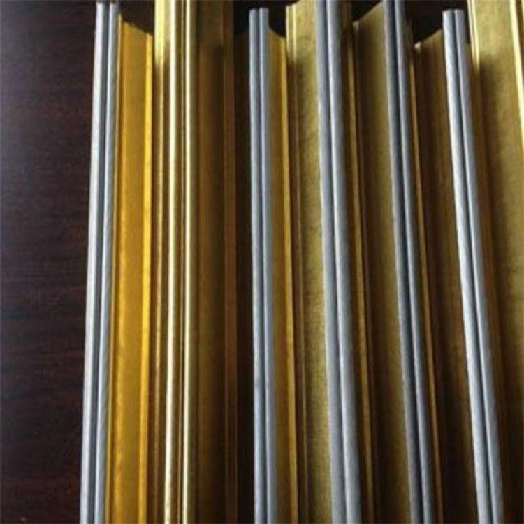 伊美帝豪 沈阳吊顶龙骨厂家 沈阳轻钢龙骨价格 集成吊顶UV板装饰