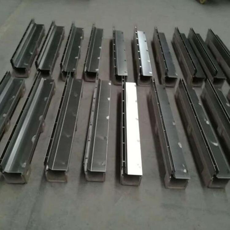 线性排水沟盖板成品定制 量大价优排水沟盖板
