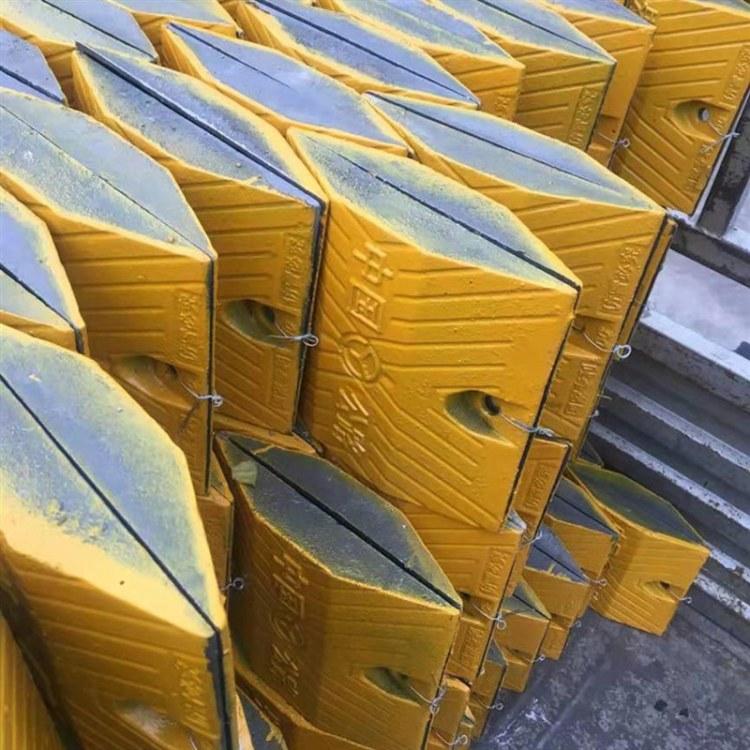 国标铸钢减速带 300*250*50 减速带生产批发