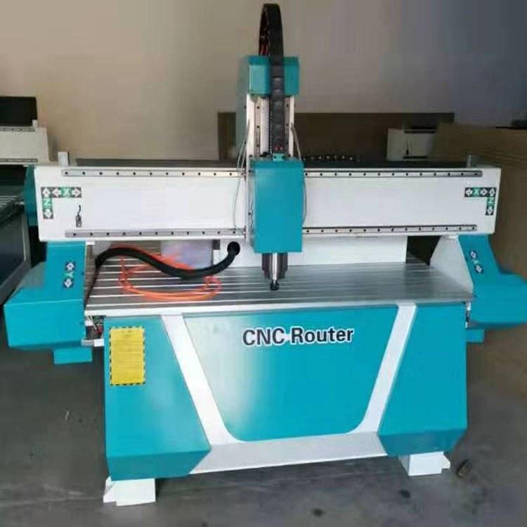 木工雕刻机 数控 木工机械圆木开槽机