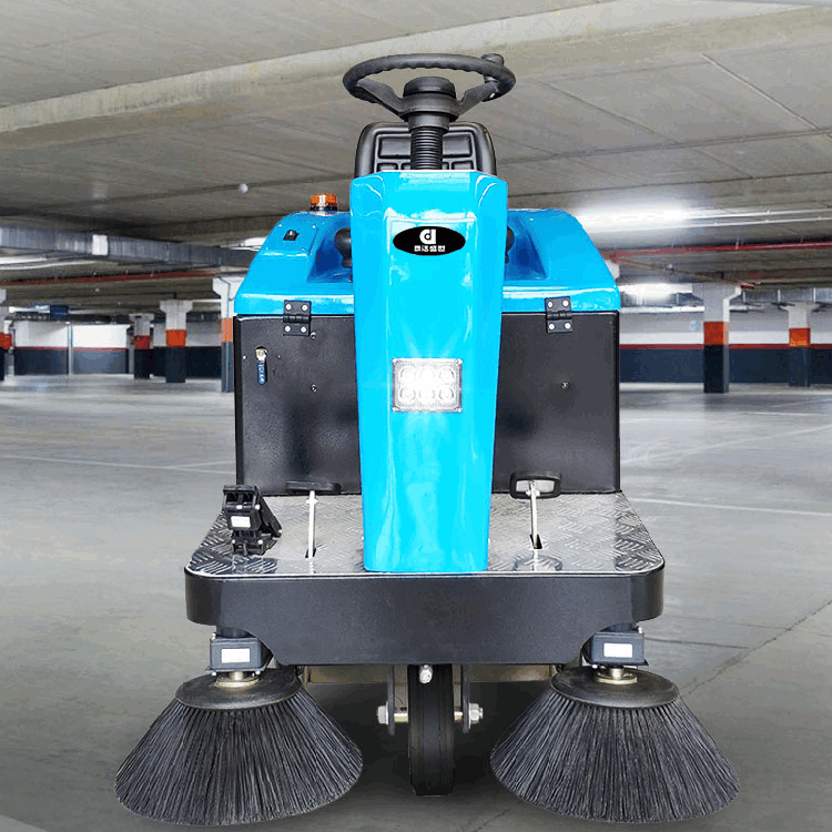 河南电瓶扫路车 工厂扫地机价格 郑州君诺