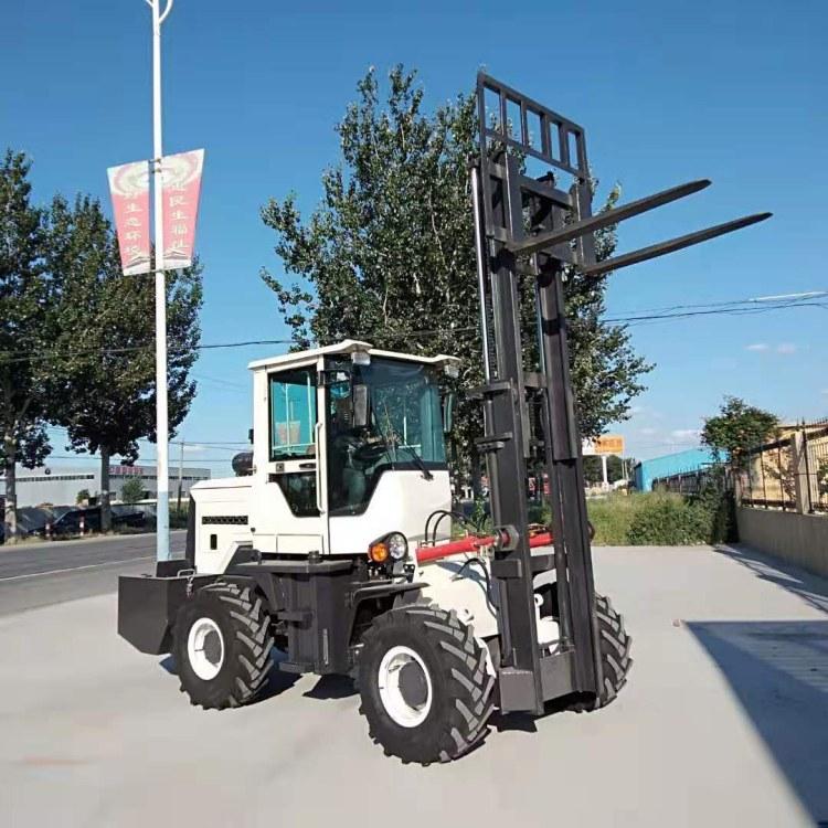 廠家直銷最新款3噸越野叉車-四區越野叉車生產廠家