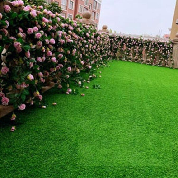 厂家供应 幼儿园人造草坪 幼儿园专用人造草坪铺地装饰 绿色假草皮