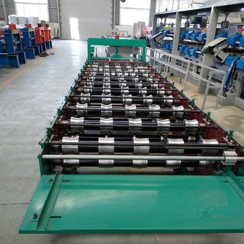 浩鑫直销 彩钢瓦压瓦机 屋板墙面板顶瓦成型设备780型大圆弧横挂板压型机