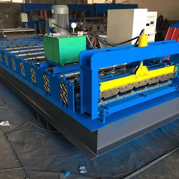 浩鑫直销 龙骨机 出口异型冷弯机械设备 屋面板墙面板设备 760型820型角驰压瓦机