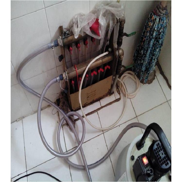 进口地暖清洗 有效清理各种水垢 就找快小二清洗地暖电话