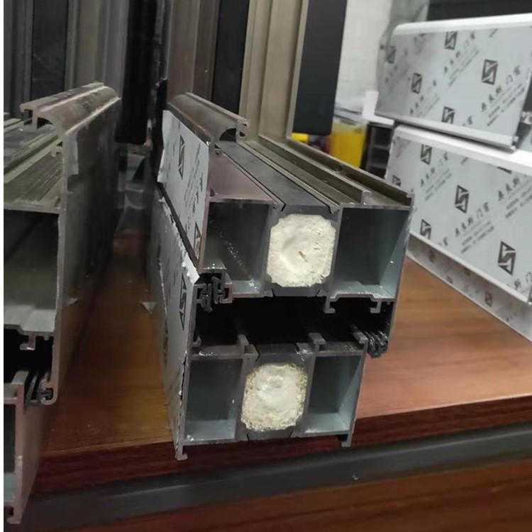 铝包木门窗定制 铝木复合门窗批发 南京奥良斯生产铝包木