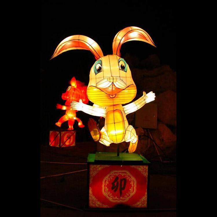 自贡江山月厂家专业定制民俗花灯动物植物彩灯节日庆典花车灯光造型灯饰画