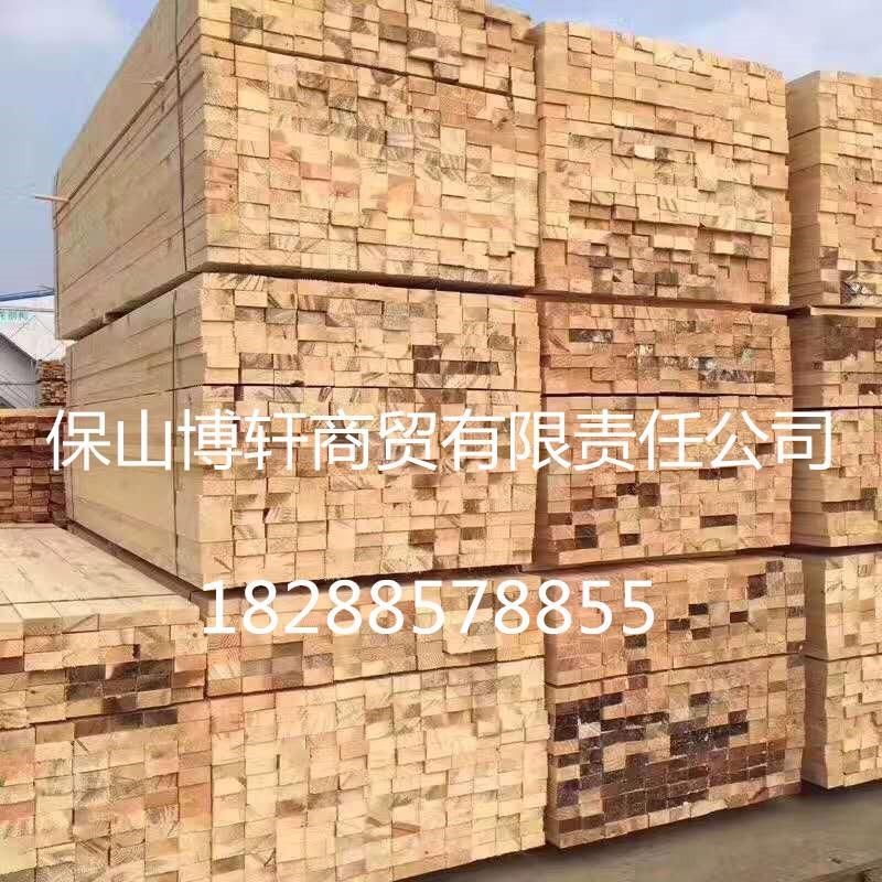 建筑方木 建筑工程专用木方 四面见线 云南保山厂家直销